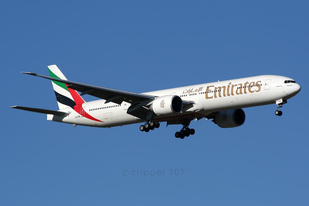 A6-EBB Emirates Boeing 777-36N ER 8516