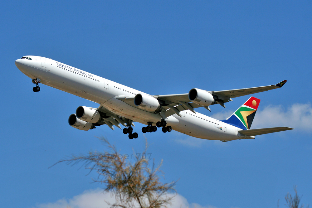 ZS-SNE South African Airways A340-600  2014
