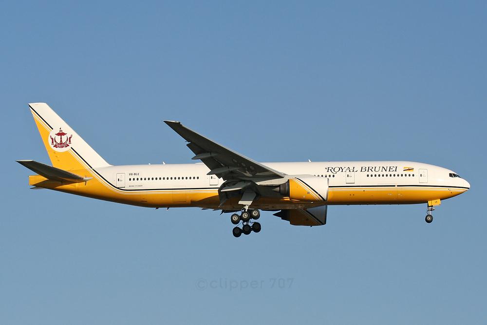 V8-BLE Royal Brunei Airlines Boeing 777-212 ER 5576