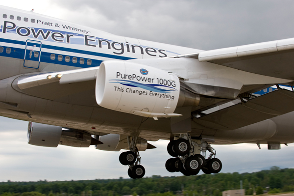 First flight of the new Pratt & Whitney Purepower 1000 engine on the company's Boeing 747-SP
