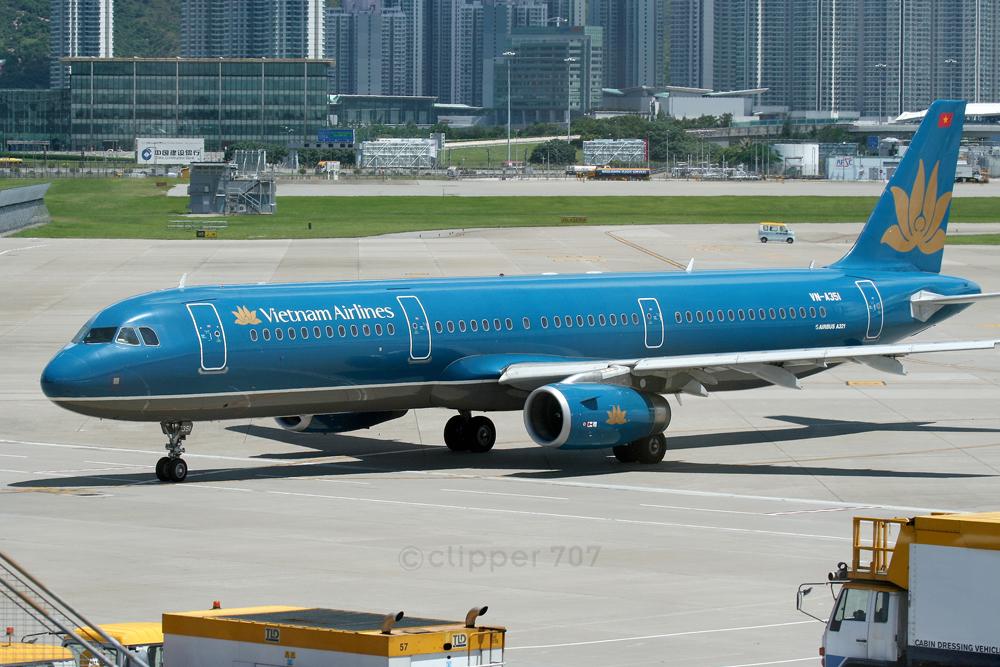 VN-A351 Vietnam Airlines A321-231 9345-2