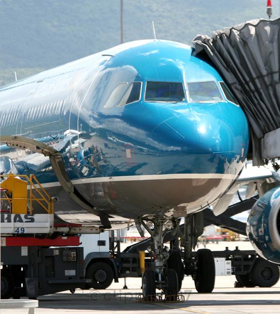 VN-A351 Vietnam Airlines A321-231 9354-2
