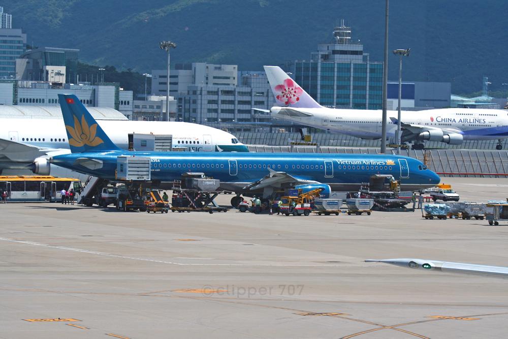 VN-A354 Vietnam Airlines A321-231 9341-2