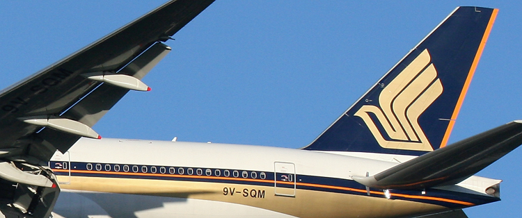 Singapore Airlines B777 9V-SQM